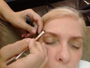 Studio Tez - Blog - Coloração de Sobrancelhas com a maquiadora e designer Telma Ribeiro